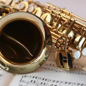 Terme in musica e luci