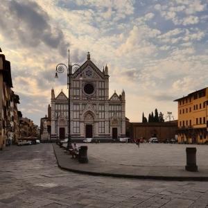 Dante: il Poeta Eterno di Felice Limosani